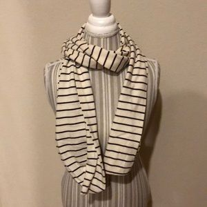 Old Navy Striped Brown/Cream/Off-White Scarf